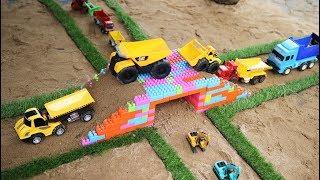 รถก่อสร้างทำสะพานด้วยตัวต่อเลโก้ รถแม็คโคร รถดั้ม รถเกรด รถบดถนน Lego Toys