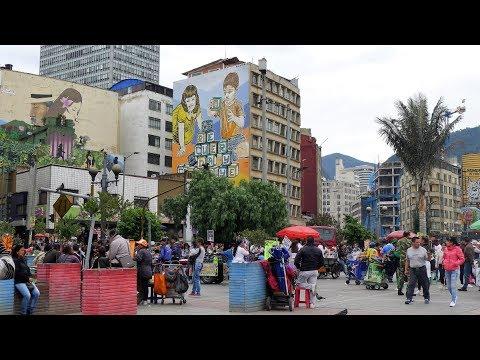 walking in Bogota  ( Colombia )