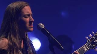 NINA ATTAL - LIKE A BIRD (live)