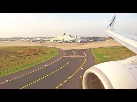 Ryanair Boeing 737-800 EI-ENM Landing at Cologne Bonn Airport