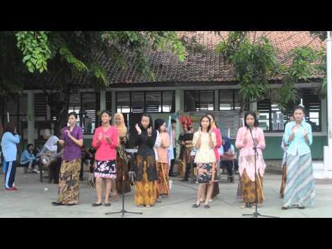 Jamrud - Selamat Ulang Tahun by (Eskul Padus, Band dan Jaipong) SMAN 1 Jatisari