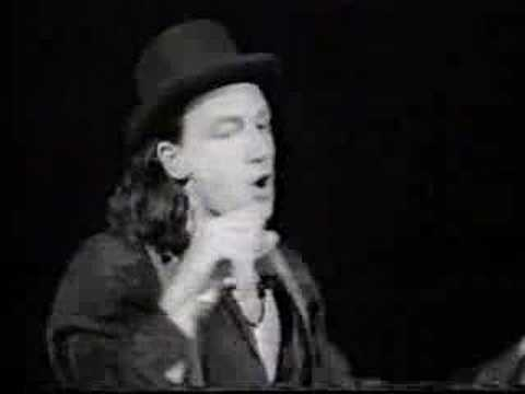 U2 - Christmas (Baby Please Come Home) - YouTube