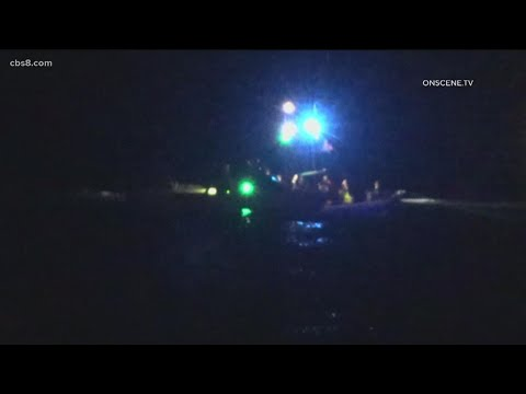 Update: Smuggling boat washes ashore off the coast of Point Loma