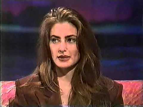 Twin peaks archive madchen amick interview youtube for Kinderzimmerlampe madchen