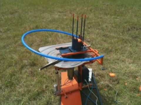 Automatic Clay Thrower - YouTube
