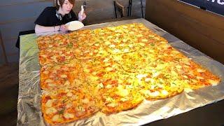 2㎡の巨大ピザを大食いチャレンジ、Lサイズピザ12枚分くらいの分量というから驚愕!!