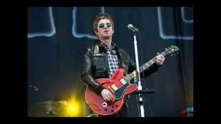 While the song remains the same - Noel Gallagher (Subtitulado)