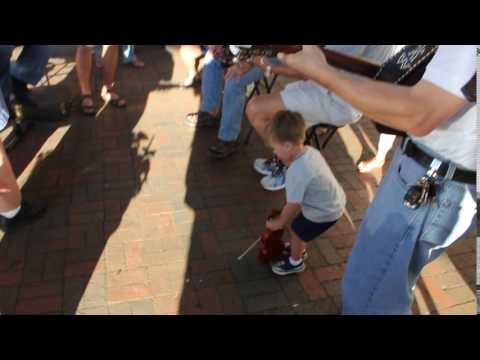 Unconventional method of playing the fiddle in a Bluegrass Jam AUSTRALIAN BAKERY MARIETTA GA MVI 97
