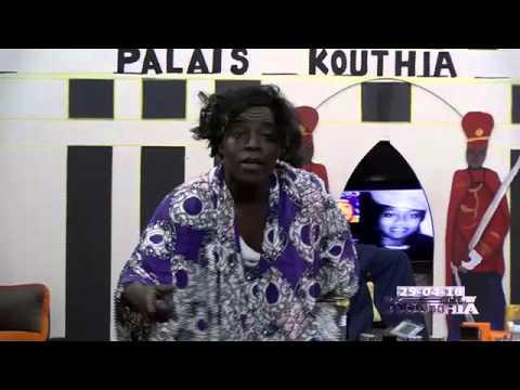 Regardez comment Fatou Sene a déÂ�noncéÂ� Aida Mbodji - Kouthia show - 25 Avril 2016 - TFM