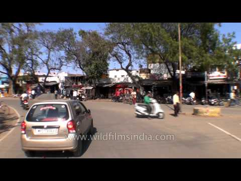 Crossing Narmada river on the way to Jabalpur