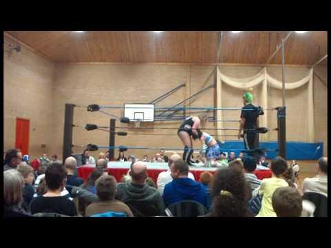 W3L Championship Showdown - 6.2.10 Penicuik - Miss Viper VS Nikki Storm