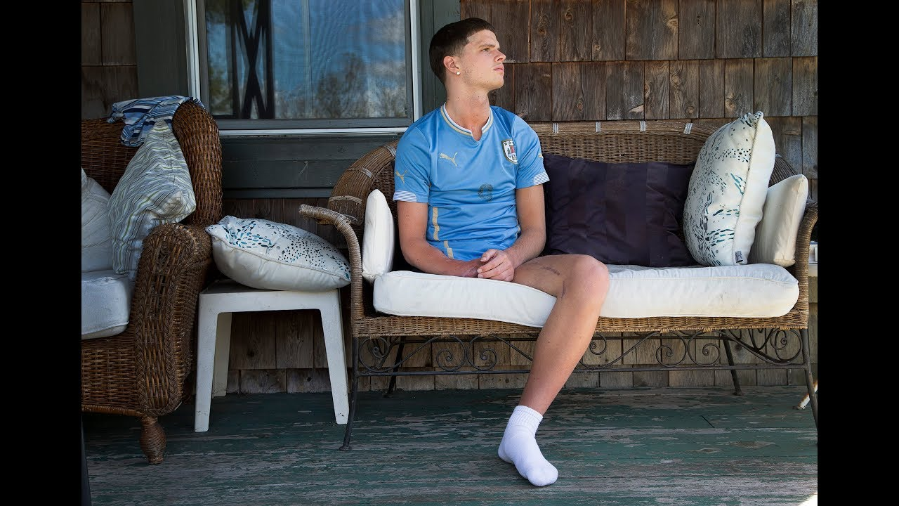 Download Emilio's story: Teen learns to live with one leg after horrific boating accident