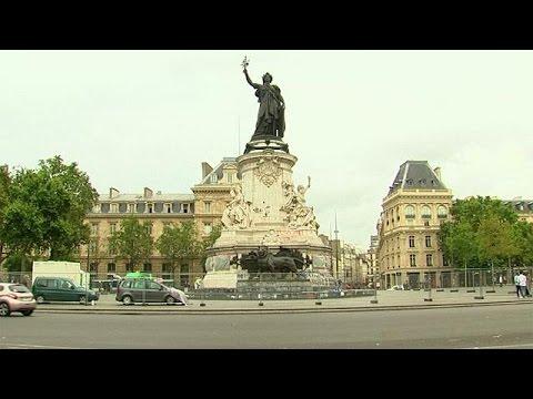 Francia: rimosso memoriale a Place de la République, statua della Marianne ripulita