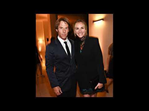 actress Julia Roberts and her husband cameraman Daniel Moder