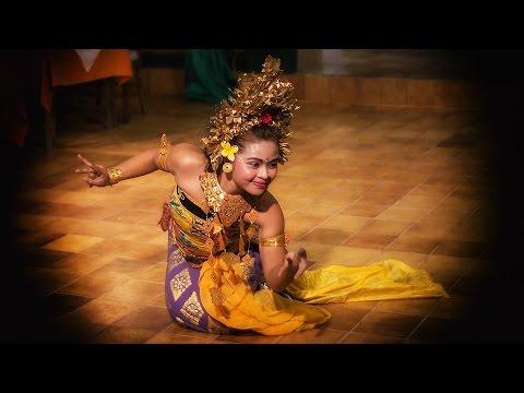 Индонезийский язык. Дворцы Индонезии