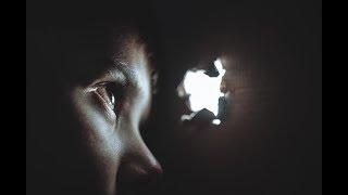 世界の真実 - 見える我々の世界と見えない宇宙人の世界