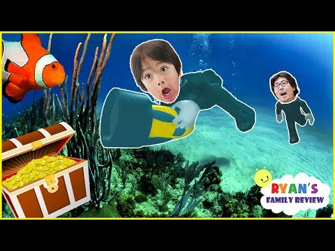 ROBLOX Scuba Diving at Quill Lake! Let's Play with Ryan's Family Review!