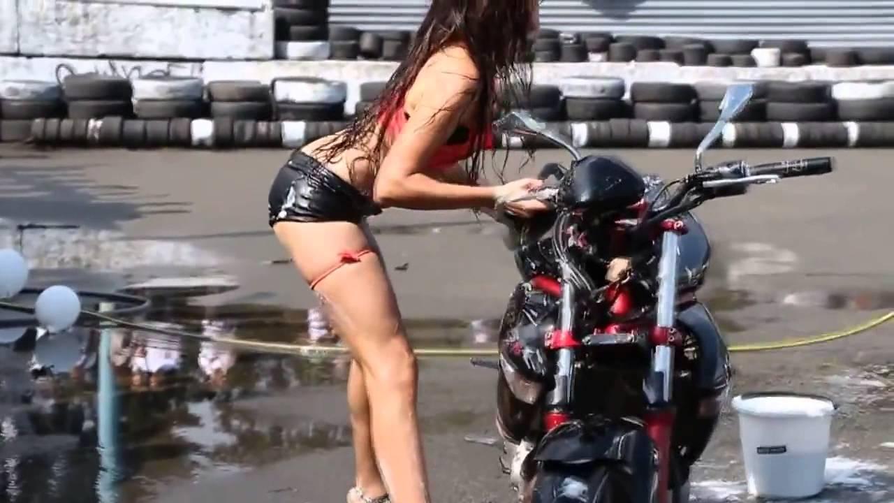 Lavando a moto - 3 4