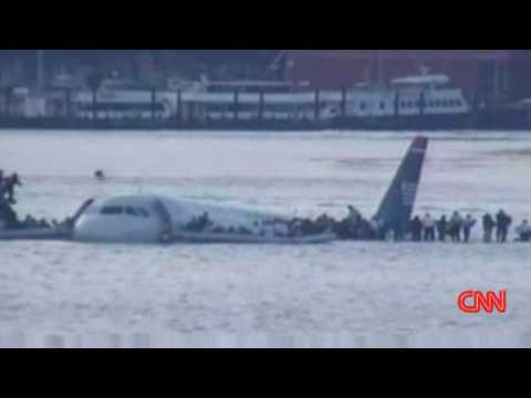 NEW Jan 17 Latest Plane Crash Hudson River New York City ...