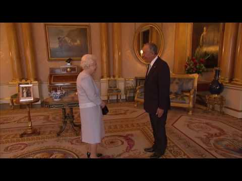 Queen meets Portuguese President