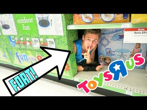 HIDDEN TOYS R US FORT!