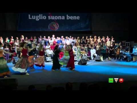 Ballo! Le Danze Popolari Italiane - Concerto di Ambrogio Sparagna - www.HTO.tv