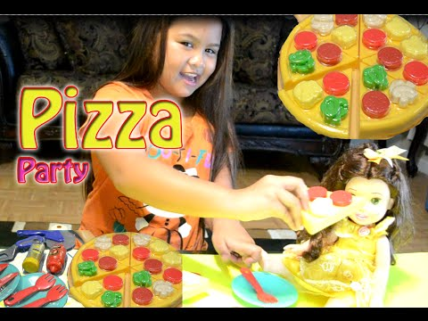 PIZZA PARTY PLAYSET Kids Connection playing with Disney Princess Belle