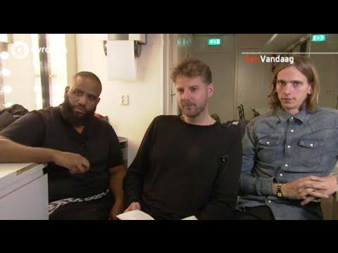 EenVandaag spreekt met De Jeugd van Tegenwoordig over hun rol in de taal.