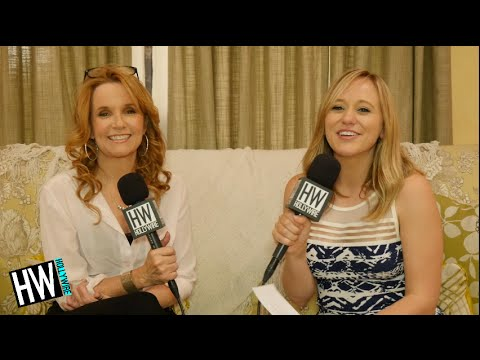 Switched At Birth's Lea Thompson Talks Relationship Between Cast!