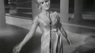 Dusty Springfield - Call Me Irresponsible