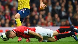 Top 10 Most Heroic Defenders Saves In Football