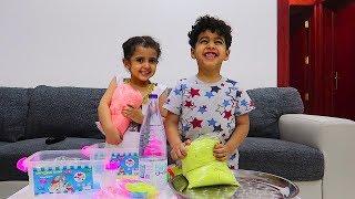 حطينا الرمل السحري بالماء مع أنس ولمار شوفوا وش صار !!