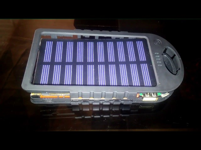 Revisado interno de una Powerbank Solar barata