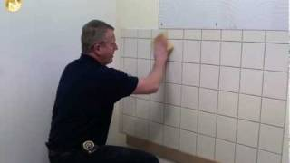 Tommy's Trade Secrets - How To Tile A Wall thumbnail