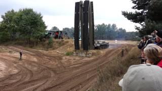 Vorführung Brückenlegepanzer Teil 1.mp4