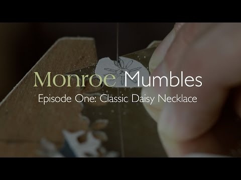 Monroe Mumbles Ep 1 : Classic Daisy Necklace