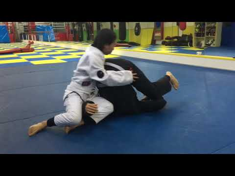 BJJ Narrated rolling with Karen, Linji, and Ramsey
