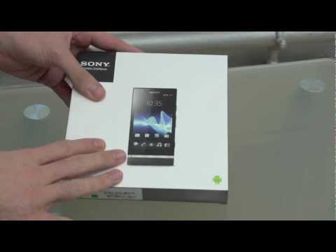 Sony Xperia P unboxing video