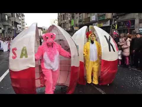 Desfile kilométrico en Ourense