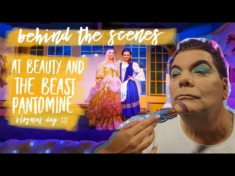 POTTY, PANTO AND PRINCES! JUICY BEHIND THE SCENES GOSSIP AT THE BEST PANTOMIME! VLOGMAS 2018 DAY 12!