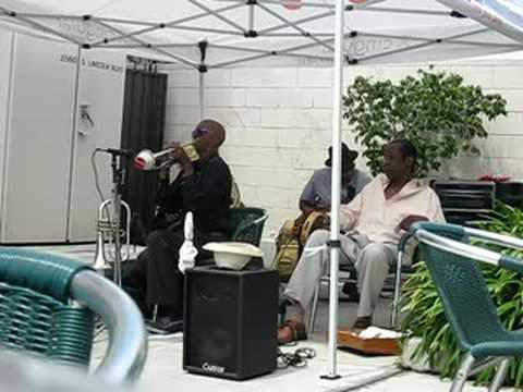 Uncle Darrows Blues Jazz Band music