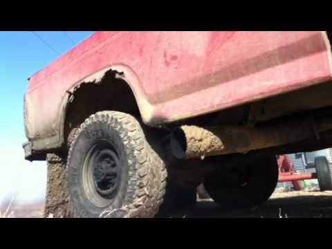 84 ford 6.9 idi diesel rolling coal