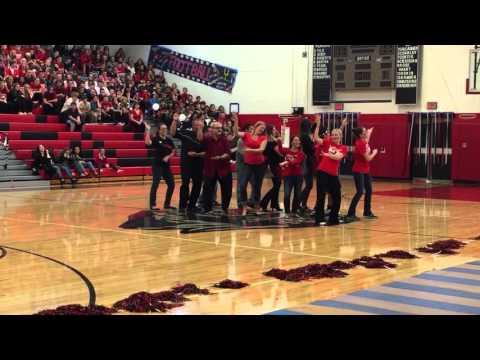 Saucon Valley HOCO 2015 pep rally teacher dance