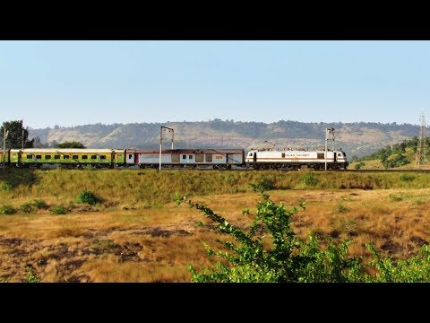 22109 MUMBAI LTT - HAZRAT NIZAMUDDIN AC SF Express !!