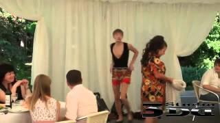 Весёлые танцы на свадьбе 2012