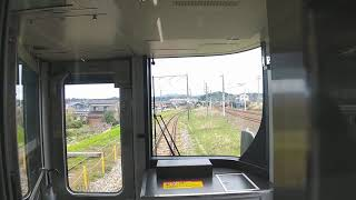 JR七尾線交流区間で、金沢行きの普通電車が、貨物列車に追い抜かれる動画です。JR、IRいしかわ鉄道線津幡駅付近まるで、JR琵琶湖線、京都線、神戸線な感じ。