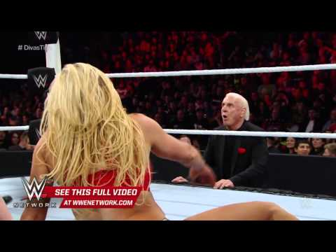 WWE Network: Charlotte vs Paige: WWE TLC 2015