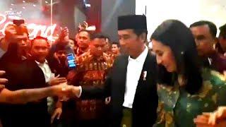 Pengunjung Mall di Mataram NTB jadi Heboh saat mereka Tahu kalau yang Datang Presiden RI, Pak Jokowi