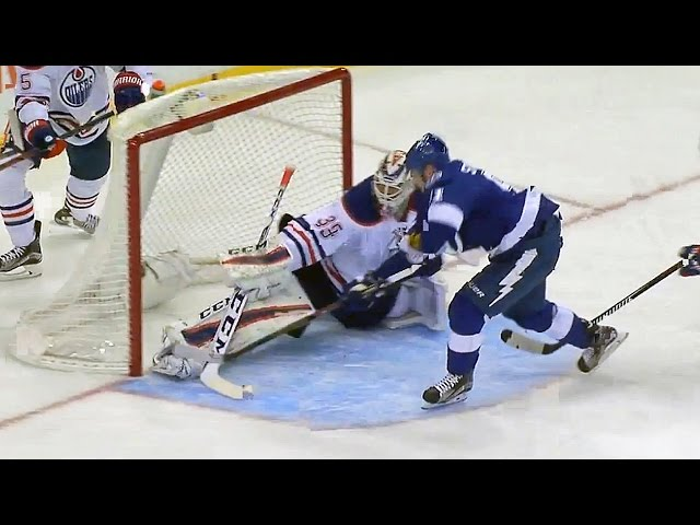 Nilsson extends pad to rob Stamkos