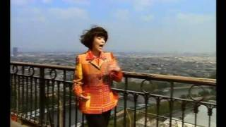 Watch Mireille Mathieu Hinter Den Kulissen Von Paris video